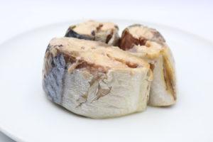 味の加久の屋 味わい鯖水煮の鯖缶4